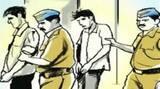 देशी तमंचा व कारतूस के साथ तीन गिरफ्तार