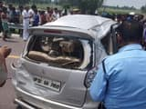 car flipped on agra lucknow highway