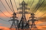 तार टूटने से रातभर गुल रही चार मोहल्लों की बिजली