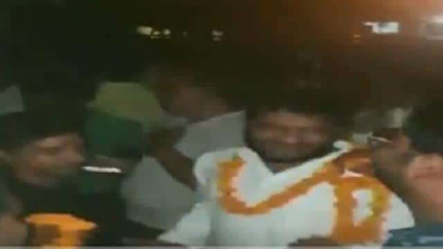 accused that killed cop subodh kumar in up violence get hero welcome