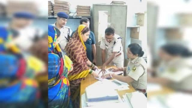 bhagalpur  missing woman from baba house returned and baba got bail from police station