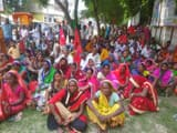 cpi ml staged a sit in near khagaria collectorate on nine point demands