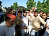 रामपुर जाते वक्त पूर्व मंत्री कमाल अख्तर 22 समर्थकों संग गिरफ्तार