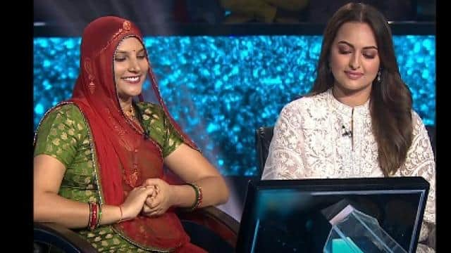 ruma and sonakshi sinha at kbc