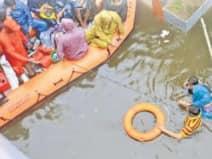गले तक पहुंचा पानी: पटना में बारिश से त्राहिमाम कर रही जनता