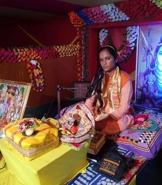 डुमरियाघाट में हो रही पूरे भक्तिभाव से मां की पूजा