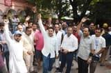 नगर निगम के खिलाफ मीट काराबोरियों का प्रदर्शन