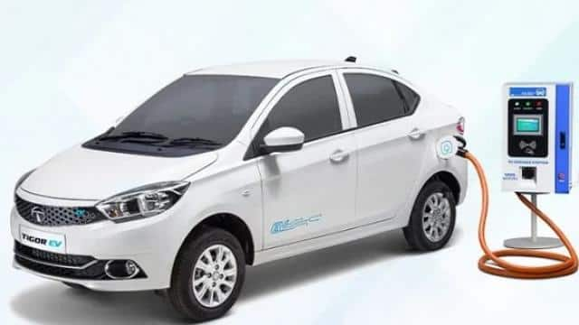now everyone can buy tata tigor electric car prices start from rs 12 59 lakhs  photo source- cardekh