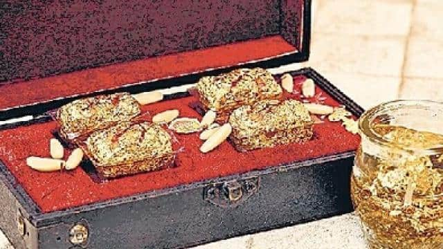 golden sweets of 50 thousand rupees