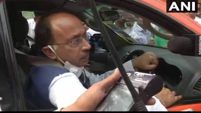 Odd Even scheme:दिल्ली पुलिस ने काटा बीजेपी नेता विजय गोयल का चालान, जानें क्यों