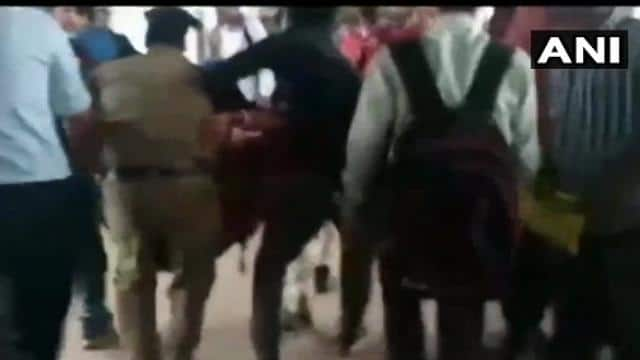 west bengal 11 persons injured in a stampede on an over bridge at burdwan railway station