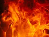 मच्छर भगाने के जलाई क्वाइल से घर में लगी आग, जिंदा जले दंपति