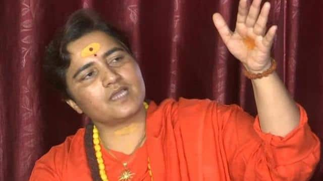 प्रज्ञा ठाकुर की कांग्रेस विधायक गोवर्धन दांगी को चुनौती, 8 दिसंबर को घर आ रही हूं,जला लेना
