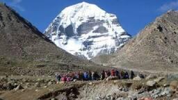 नेपाल के रास्ते कैलास मानसरोवर की यात्रा अब बहुत महंगी पड़ेगी