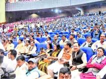 लोजपा के स्थापना दिवस पर बापू सभागर में जुटी भीड़।