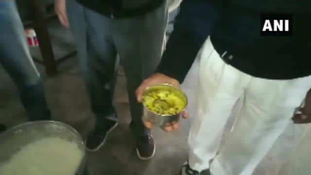 dead mouse found in a midday meal in a govt school in muzaffarnagar