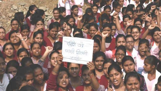 sm girls college students protest march against hyderabad gang rape demand to hang accused