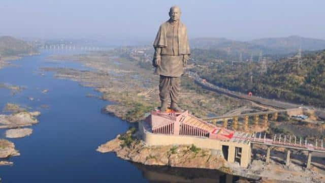 statue of unity surpasses daily average footfall at usa s statue of liberty