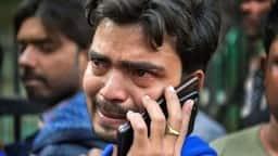 Delhi Factory Fire : 'पिता जी हमें मत ढूंढना, हम नहीं बच पाएंगे'