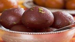 क्रिसमस स्पेशल: मीठे के शौकीन लोग इस बार ट्राई करें चॉकलेट गुलाब जामुन रेसिपी, बनाना बेहद आसान