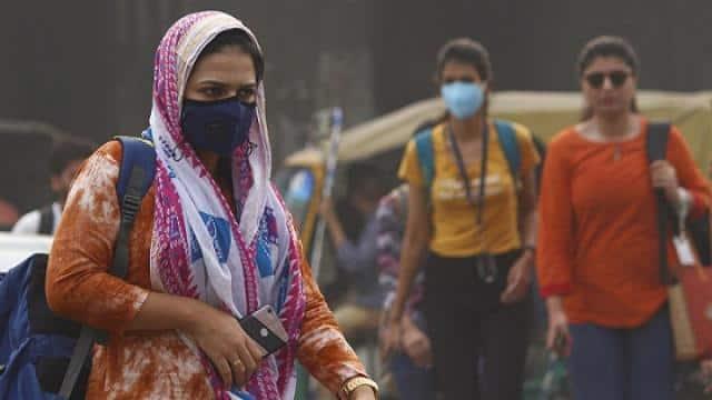 दिल्ली के प्रदूषण स्तर में थोड़ी गिरावट, वायु गुणवत्ता सूचकांक अब भी 'खराब', नोएडा और ग्रेटर नोएडा में हालात बदतर
