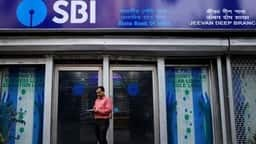 sbi to refund home loan borrowers if builder fails to complete project