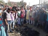 रामनगर में चार घंटे तक बाधित रहा यातायात
