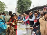 people of lakhimpur gathered in khichdi banquet of trade board
