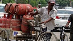 domestic gas cylinder  indane  latest rate  lpg  lpg problem  lpg problem in bihar  lpg cylinder pro