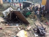 road accident in shahjahanpur of up four people died