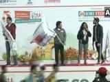 sachin tendulkar flagged off new delhi marathon at jawaharlal nehru stadium photo ani