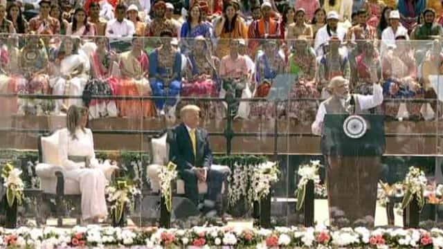 नमस्ते ट्रंप कार्यक्रम में पीएम नरेंद्र मोदी बोले, भारत-अमेरिका के बीच विश्वास नई ऊंचाई में पहुंचा वो ऐतिहासिक