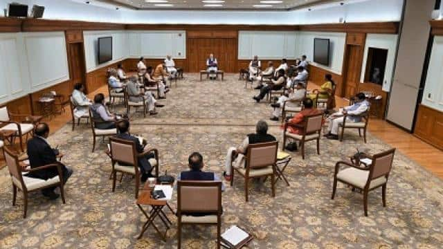 pm modi cabinet meeting a glimpse of social distancing