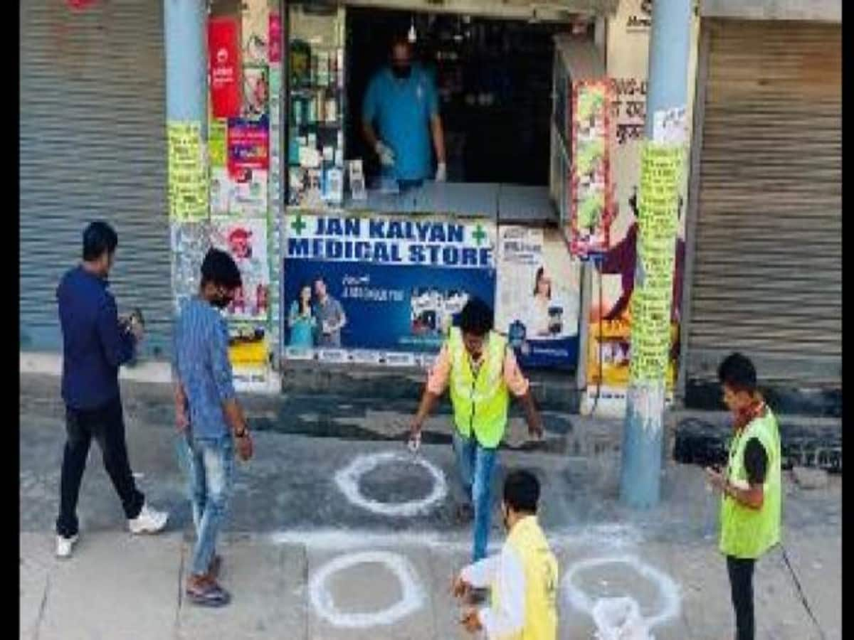 Lockdown: 2400 Wardens of Civil Protection Corps in Lucknow took ...