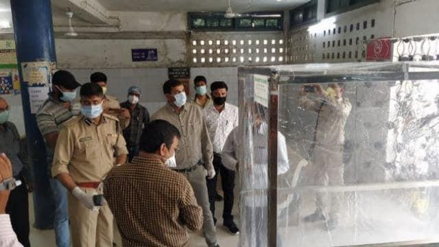 जमशेदपुर के इस अस्पताल में घुसते ही मरीज हो जाएंगे सेनेटाइज, बना खास चैम्बर