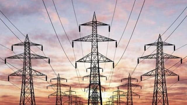 लॉकडाउन में 14.16% घट गई बिजली खपत, अनलॉक से अब बढ़ेगी मांग