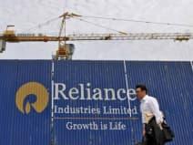 रिलायंस और इन्फोसिस को छोड़ टॉप 8 कंपनियों के निवेशकों ने काटी चांदी