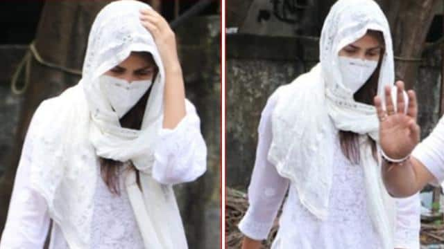 sushant singh rumoured girlfriend rhea chakraborty snapped at cooper hospital
