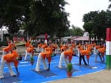rotary club members did yoga with detainees in shahjahanpur jail