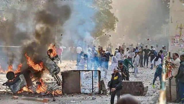 कपिल मिश्रा के समर्थकों ने पंडाल में लगा दी आग...यह अफवाह फैला चांद बाग में भड़काई गई हिंसा: दिल्ली पुलिस
