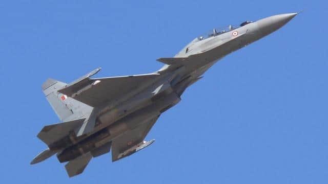 चीन को भारत से रहना होगा सावधान, 33 लड़ाकू विमानों को खरीदने के प्रस्ताव को मंजूरी
