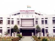 बीआरएबीयू में परीक्षा की पद्धति के लिए डीन-विभागाध्यक्षों की अलग-अलग र