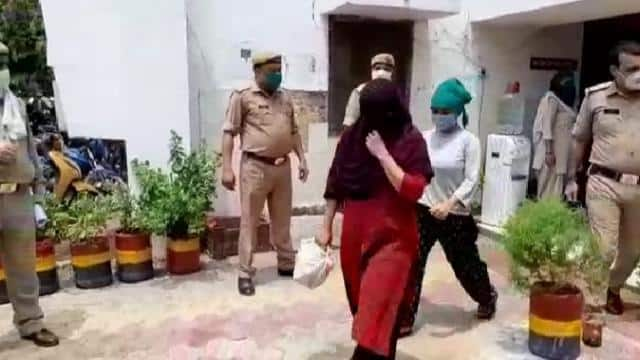 police busted a sex racket in ghaziabad