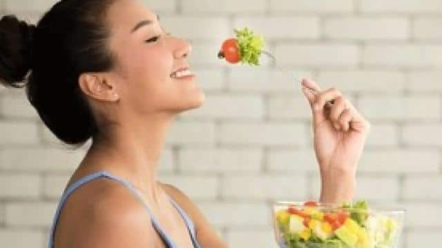 lose weight fast by doing these simple changes in your diet