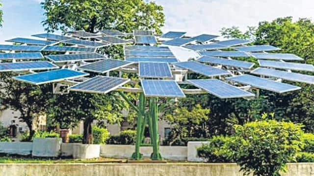 सौर ऊर्जा से चल रहे टीवी, फ्रिज-वॉशिंग मशीन ने बढ़ाई उपभोक्ताओं की दिलचस्पी, नामचीन कंपनियां भी कारोबार में उतरीं