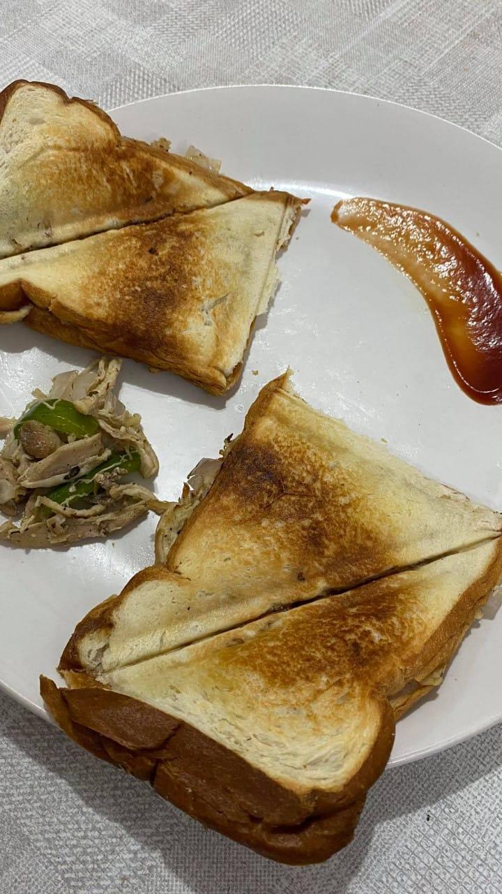 easy cheesy chicken sandwich