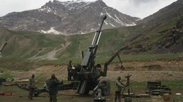 India-China Standoff: जिससे पाकिस्तान को चखाया था मजा, उसी बोफोर्स तोप से चीन पर निशाना साधने को तैयार सेना - Hindustan