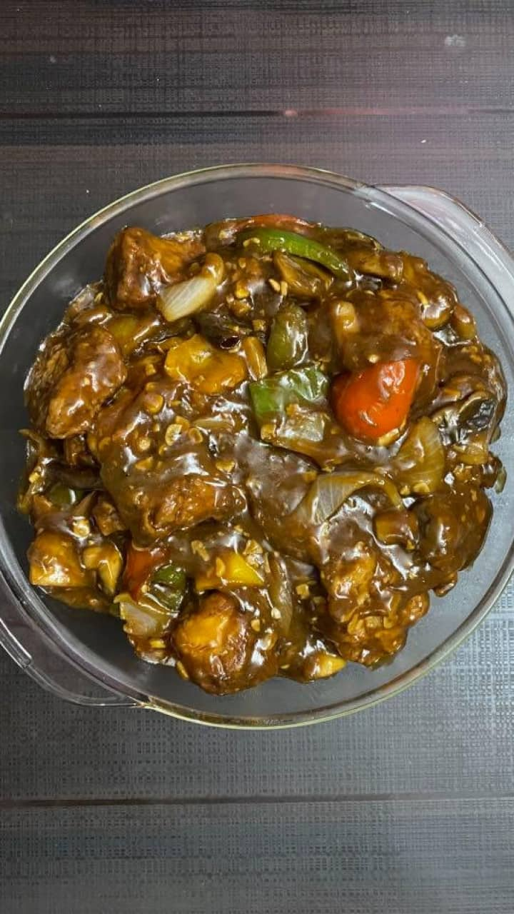 chicken with mushroom in oyster sauce