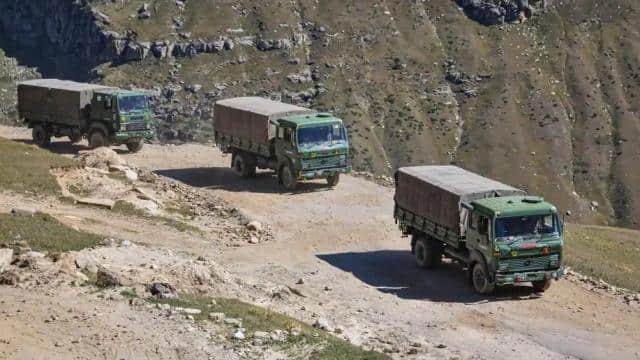 India-China Standoff: भारत-चीन के बीच लद्दाख में कोर कमांडर स्तर की हुई बातचीत, पहली बार शामिल हुए भारतीय विदेश मंत्रालय के अधिकारी