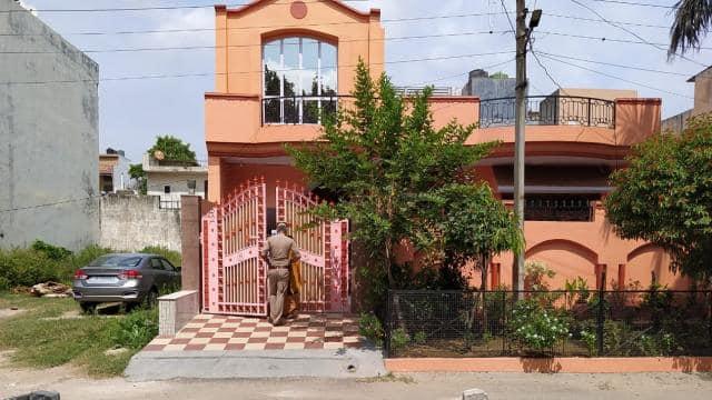 गाजियाबाद : कारोबारी के परिवार को बंधक बनाकर डकैती, पुलिस चौकी के पास हुई वारदात
